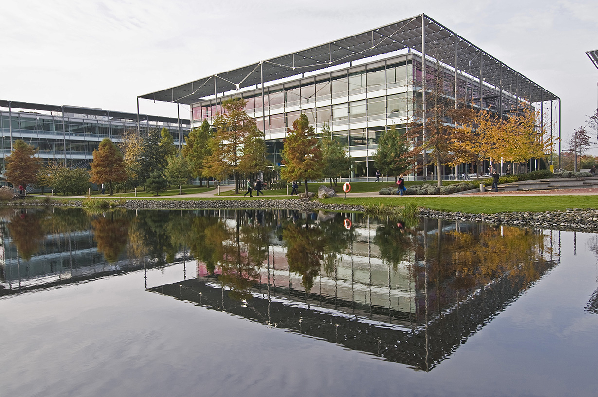 Serviced offices chiswick park chiswick w4 property id for W 4 bathrooms chiswick